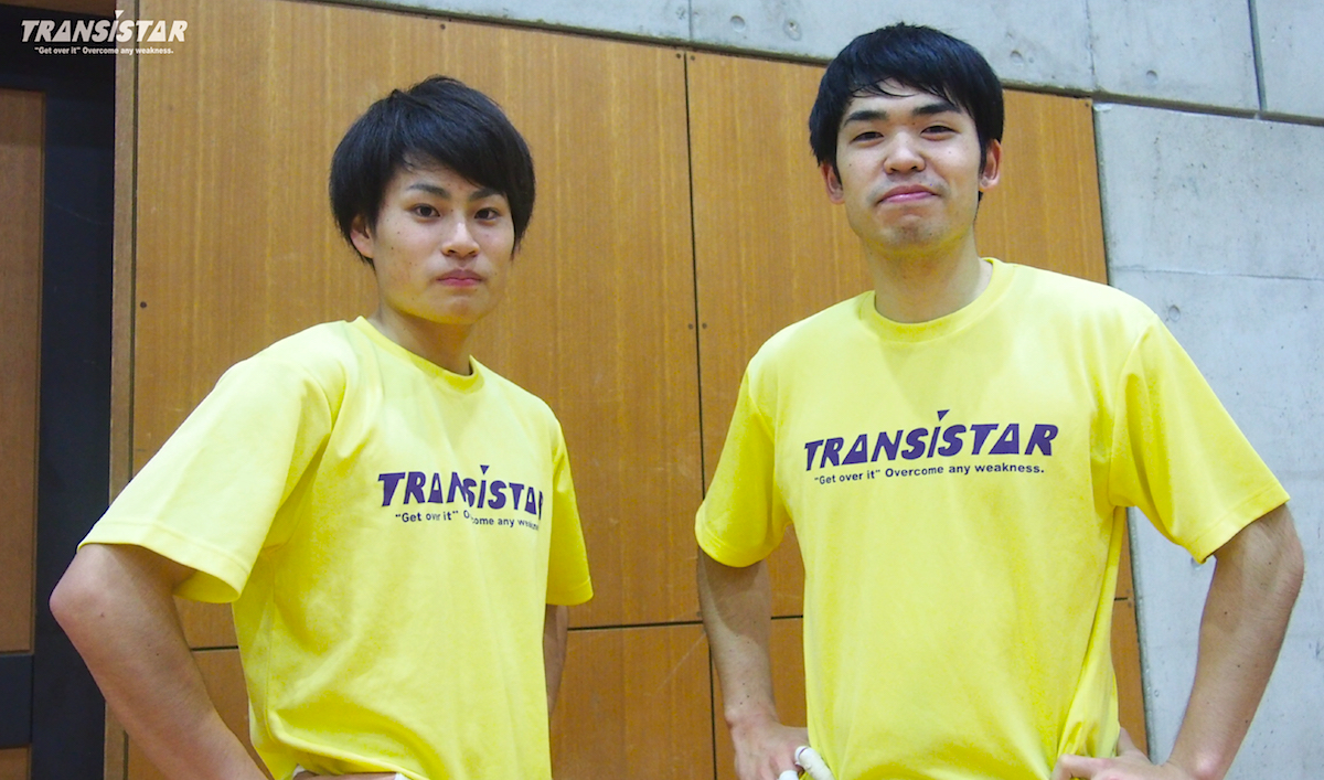 写真右:主将の福田選手(4年・興南)、写真左:キープレイヤーの井上選手(4年・大分雄城台)